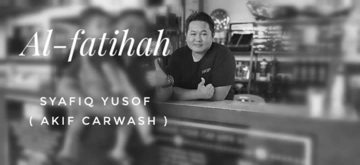 Condolences message for Syafiq Yusof. He is pictured at his business premises, showing a thumbs up.