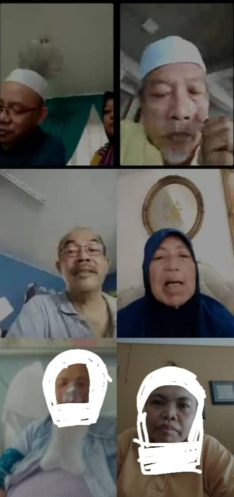 Fatimah on a video call with her five other siblings while she is in the hospital