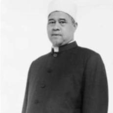 Mohammad Akhir Jaapar in a black button-down garb.