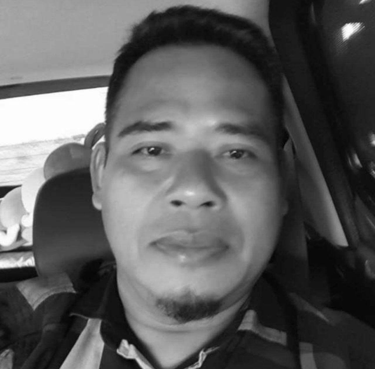 Mohd Hamili Saberan mempunyai janggut, bergambar di dalam kereta